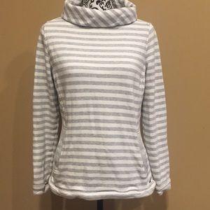 Vineyard vines cowl neck striped sweatshirt size S
